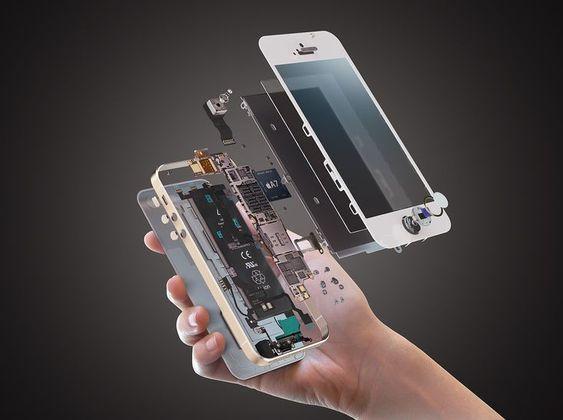 تعویض قطعات موبایل در دفتر تعمیرات موبایل ماکروتل در تهران