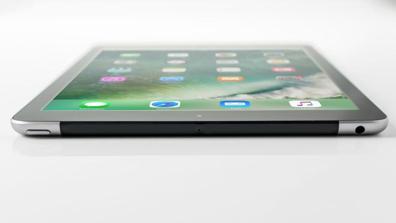 بررسی تبلت اپل آیپد 9.7 اینچ 2017