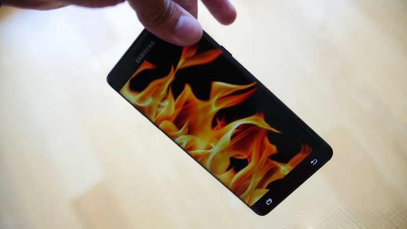 دلیل آتش گرفتن گوشی گلگسی نوت 7
