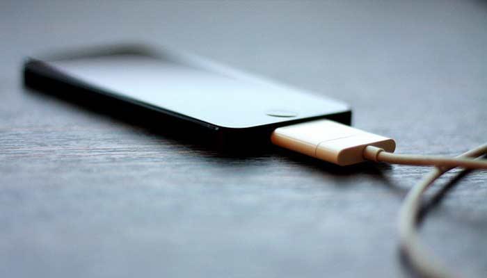 6 سوال رایج در مورد باتری گوشی ها و جواب شان