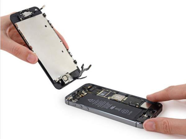 چگونه گوشی اپل آیفون خیس شده را تعمیر کنیم
