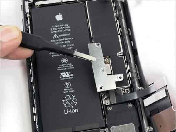 تعویض فلت شارژ سوکت شارژ ایفون 7