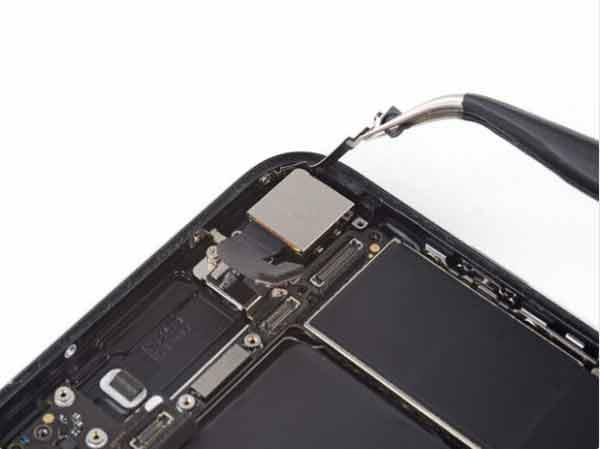 تعویض فلت شارژ آیفون 7| آموزش مرحله به مرحله